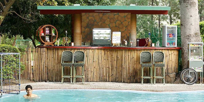 cafe-pebbles-poolside-cafe-christmas dinning in Corbett