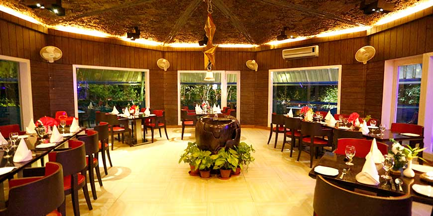 top-pavilion-best-plaza-christmas dinning in Corbett