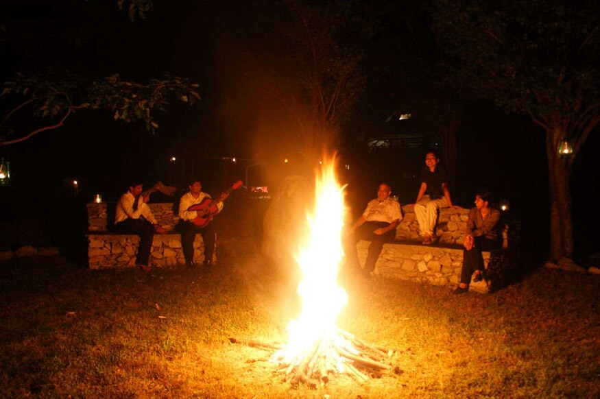 1470310815_bonfire-in-jim-corbett-national-park.jpg