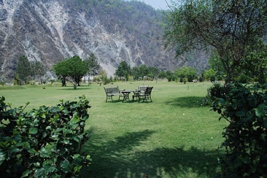 1470310903_outdoor-camp-resort-in-corbett.jpg