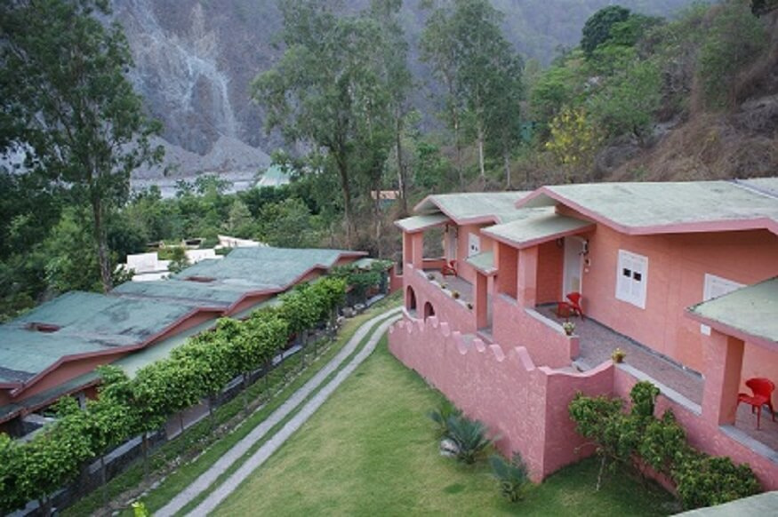1470312030_outdoor-view-resorts-in-jim-corbett.JPG