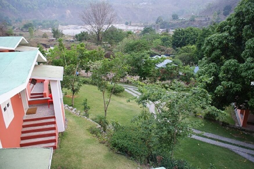 1470312951_outdoor-site-view-resorts-in-corbett.JPG